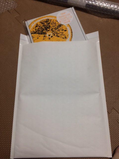 プチプチ付きの封筒